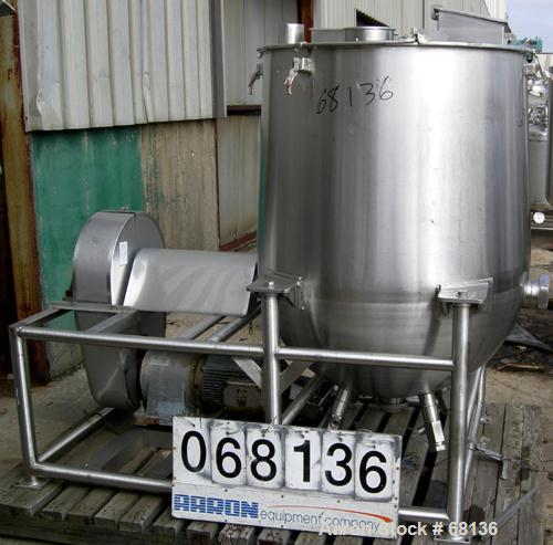 "USED:Technova tank, 200 gallon, 316 stainless steel, model Kraft. 38"" diameter x 32"" straight side x hemi bottom. Flat open ..."