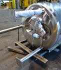 Used- Stainless Fabrication Pressure Tank, 440 Gallon, 316 Stainless Steel, Vertical. 42