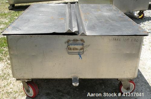 Used- 120 Gallon Stainless Steel Walker Stainless Tank, Model SP-7144, 318