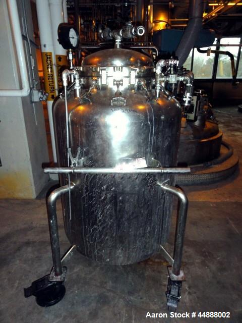"Used- Walker Stainless Pressure Tank, 150 Gallon, 316L Stainless Steel, Vertical. 34"" Diameter x 34"" straight side, dished t..."
