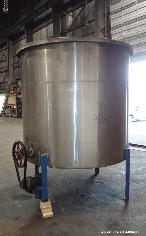 """Used- Charles S. Jacobwitz Tank, 1500 Gallons, 304 Stainless Steel, Vertical. Approximately 78""""diameter x 70"""" straight side,..."""
