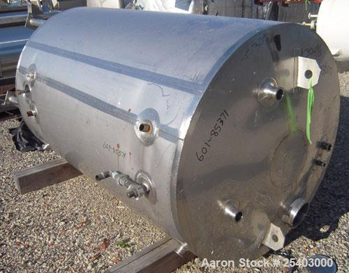 """Used- Alloy & Steel Fab tank, 1100 gallon, stainless steel, vertical. 68"""" diameter x 72"""" straight side. Flat top with 20"""" ma..."""