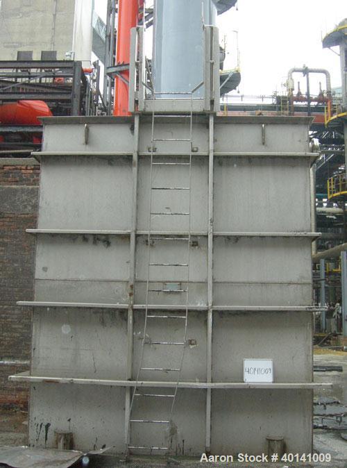 Used: Moon Fabricators 316 stainless steel tank, rectangular. Year 2000.