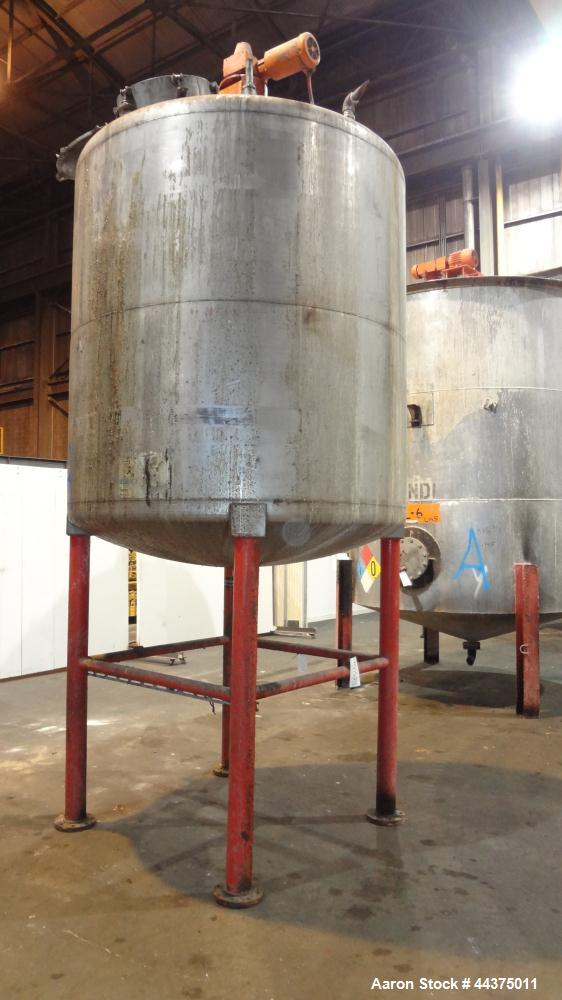 """Used- Tank, 1500 Gallon, 316 Stainless Steel, Vertical. Approximate 76"""" diameter x 72"""" straight side, dished top and bottom...."""