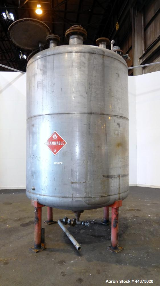 "Used- Chuck Gurdin Inc. Pressure Tank, 1800 Gallon, 304 Stainless Steel, Vertical. Approximate 76"" diameter x 84"" straight s..."
