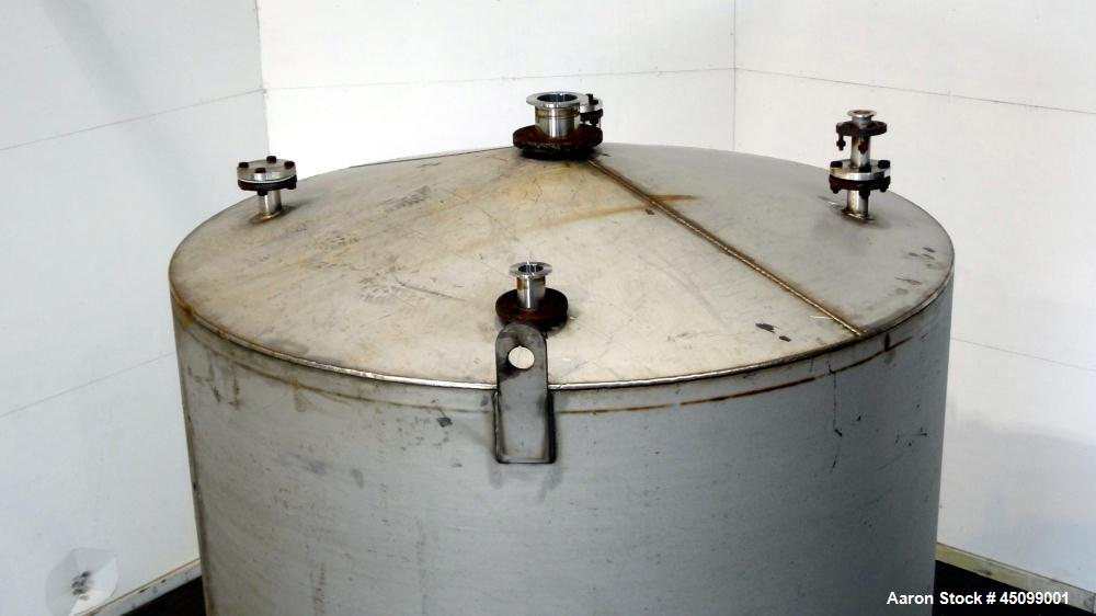 Used- 2,000 Gallon Stainless Steel Tank