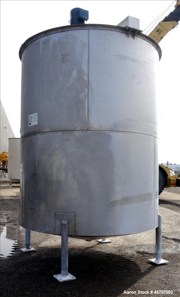 """Used- Bright Sheet Metal Tank, Approximately 4,000 Gallon, 304 Stainless Steel, Vertical. 100"""" diameter x 120"""" straight side..."""