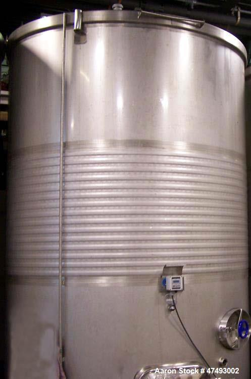 Approximate 2,642 Gallon (10,000 Liter) Stainless Steel Tank