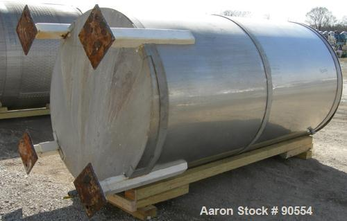 """USED:  Approx. 1400 gallon tank, 316 stainless steel, vertical.  60"""" diameter x 114"""" straight side.  Flat top with hinged co..."""
