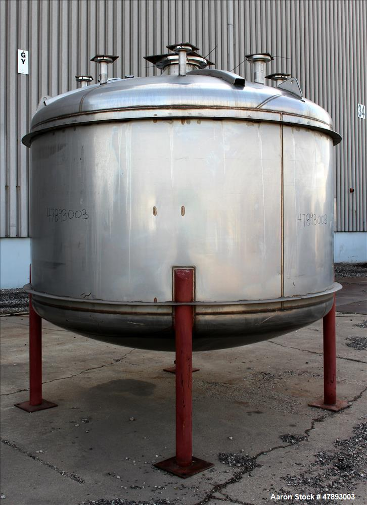 Used- Apache Stainless Storage Tank, 3000 Gallon, 304 Stainless Steel, Vertical.