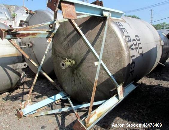 """Used- Buffalo Pressure Tank, 4,000 Gallon, 304 Stainless Steel, Vertical. Approximate 96"""" diameter x 117"""" straight side, dis..."""