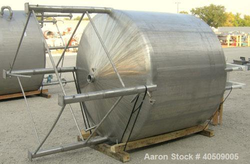 """Used- Creamery Package Tank, 1000 gallon, 304 stainless steel, vertical. 72"""" diameter x 53"""" straight side. Dished top, coned..."""