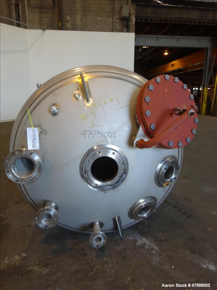 Unused- Crown Iron Works Pressure Tank, 1100 Gallon, 316L Stainless Steel, Verti