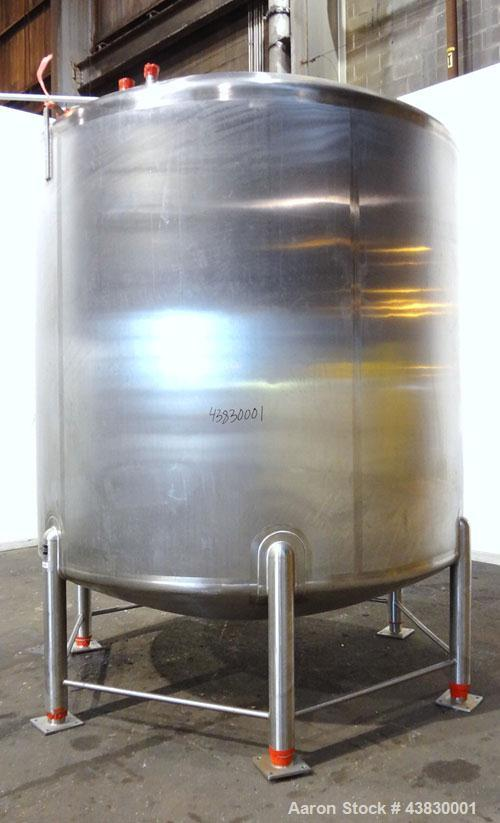 """Unused- Feldmeier Tank, 3000 Gallon, 316 Stainless Steel, Vertical. Approximate 96"""" diameter x 84"""" straight side. Dished top..."""