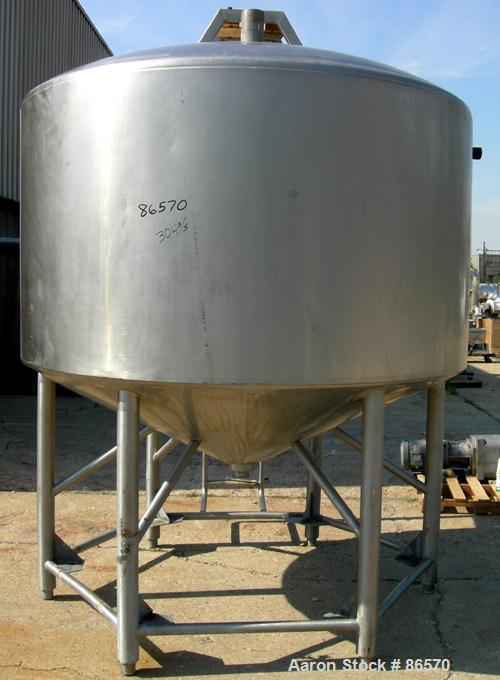 """Used- Feldmeier Mix Tank, 1000 Gallon, 304 Stainless Steel, Vertical. 82"""" Diameter x 48"""" straight side. Dished top, 44"""" cone..."""