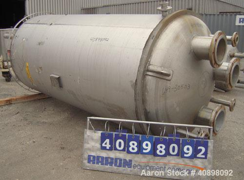 """Used- Four Corp Pressure Tank, 1200 Gallon, AL-6XN Superaustenitic Stainless Steel, Vertical. 56"""" diameter x 108"""" straight s..."""