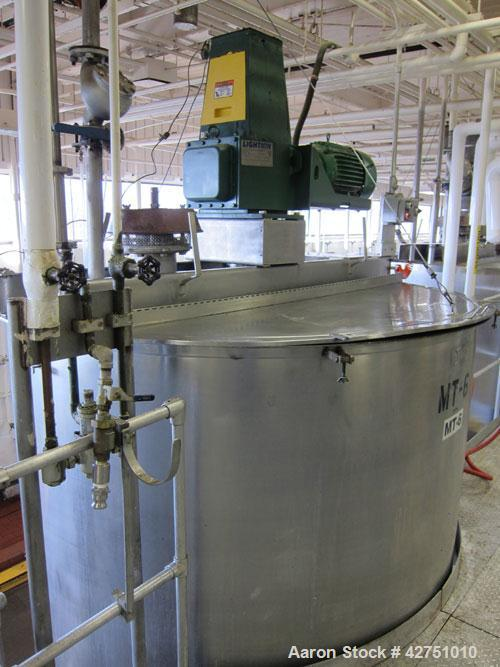 """Used- Groen Tank, 2000 Gallon, Model 2000 SP, Stainless Steel, Vertical. 84"""" Diameter x 90"""" straight side. Open top with (2)..."""