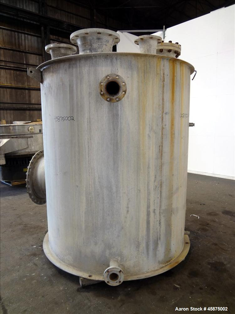 """Used- K & L Welding Tank, Approximately 1400 Gallon, 304 Stainless steel, Vertical. 72"""" diameter x 84"""" straight side, flat t..."""