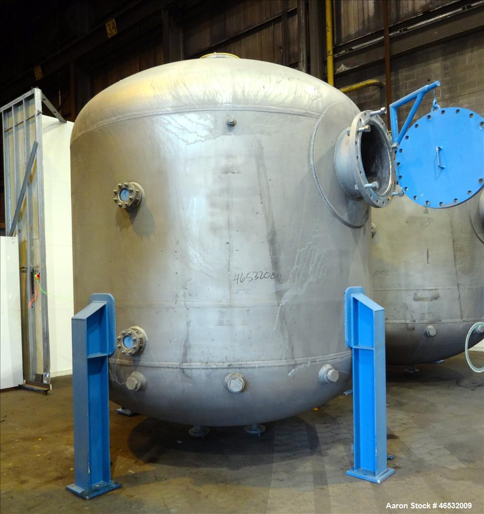 Unused- Graver Water Systems Approximate 4700 Gallon Cation Vessel Ion Exchange Column Tank. Manufactured by Kennedy Tank, 3...
