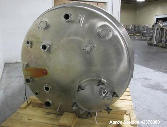 "Used- Lee Receiver, 1000 Gallon, Model 1000DBT. 316 Stainless steel construction, approximately 66"" diameter x 64"" straight ..."