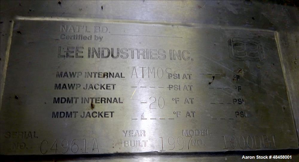 Used- Lee Industries Tank, 1000 Gallon 316 Stainless Steel, Vertical.