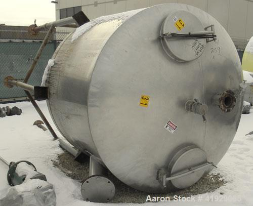 """Used- Lee Metal Products Tank, 1500 Gallon, 316 stainless steel, vertical. 76"""" diameter x 56"""" straight side. Dished 304 stai..."""