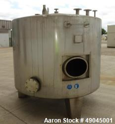 Used- Sielmann Tank, Approximate 1385 Gallon (5,244 Liter), 304 Stainless Steel,