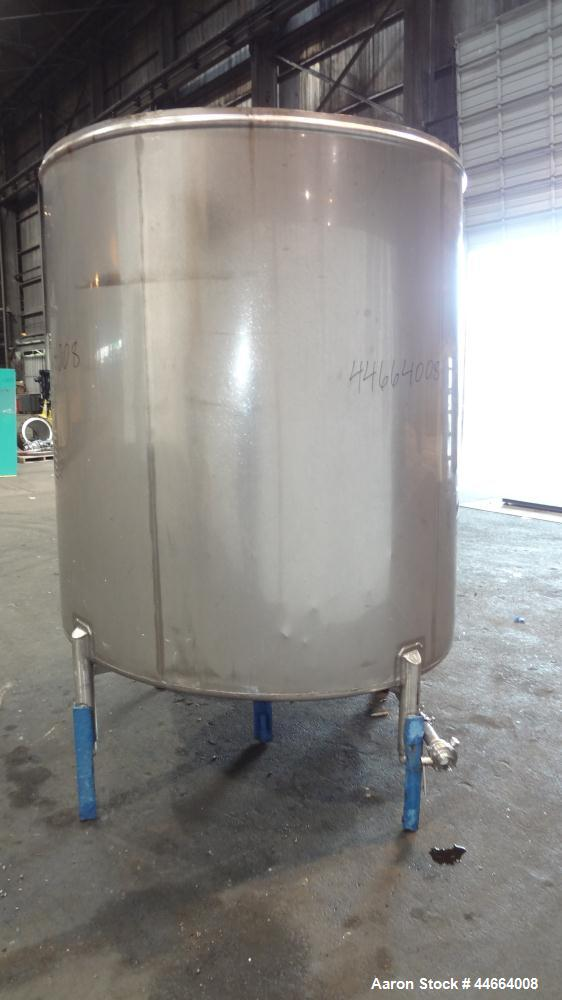 "Used- Mueller Tank, 1000 Gallons, 304 Stainless Steel, Vertical. 67"" Diameter x 70"" straight side, Open top with (2) covers,..."
