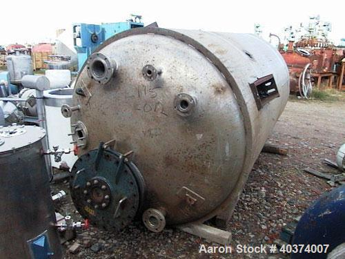 Used- Apollo Engineering Ltd Pressure Tank, approximately 1600 gallon (6000 liters), 316L stainless steel, vertical. Approxi...