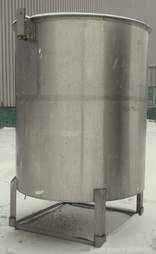 """Used- Indian Tuff-Tank Tank, 1480 Gallon, 316 Stainless Steel. 72"""" diameter x 84"""" straight side, flat top with hinged cover ..."""
