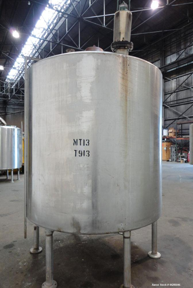 """Used- Tank, 2000 Gallon, 304 Stainless Steel, Vertical. 84"""" Diameter x 80"""" straight side. Dished top, coned bottom. Off cent..."""