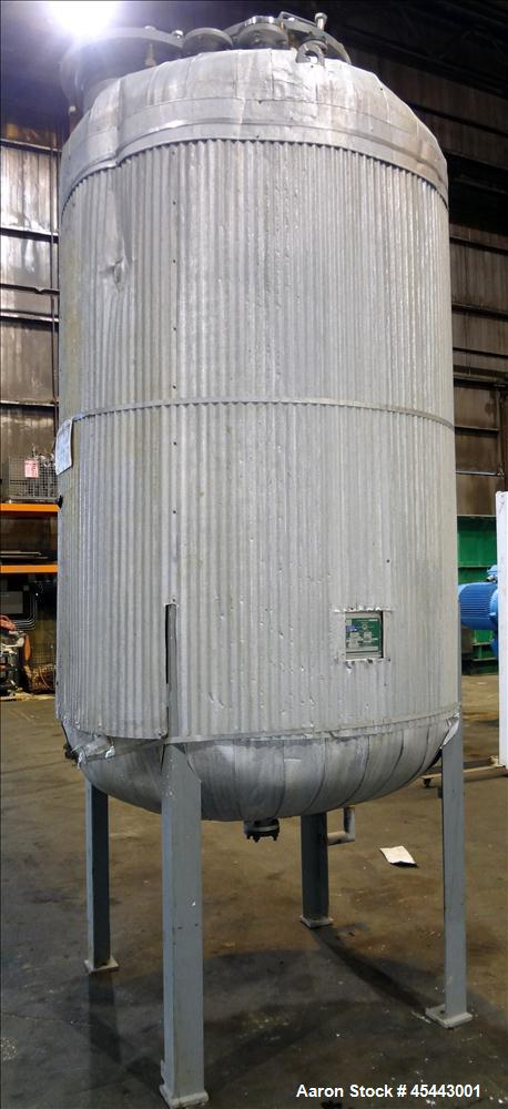 Used- 1,000 Gallon Stainless Steel Quality Containment Company Tank
