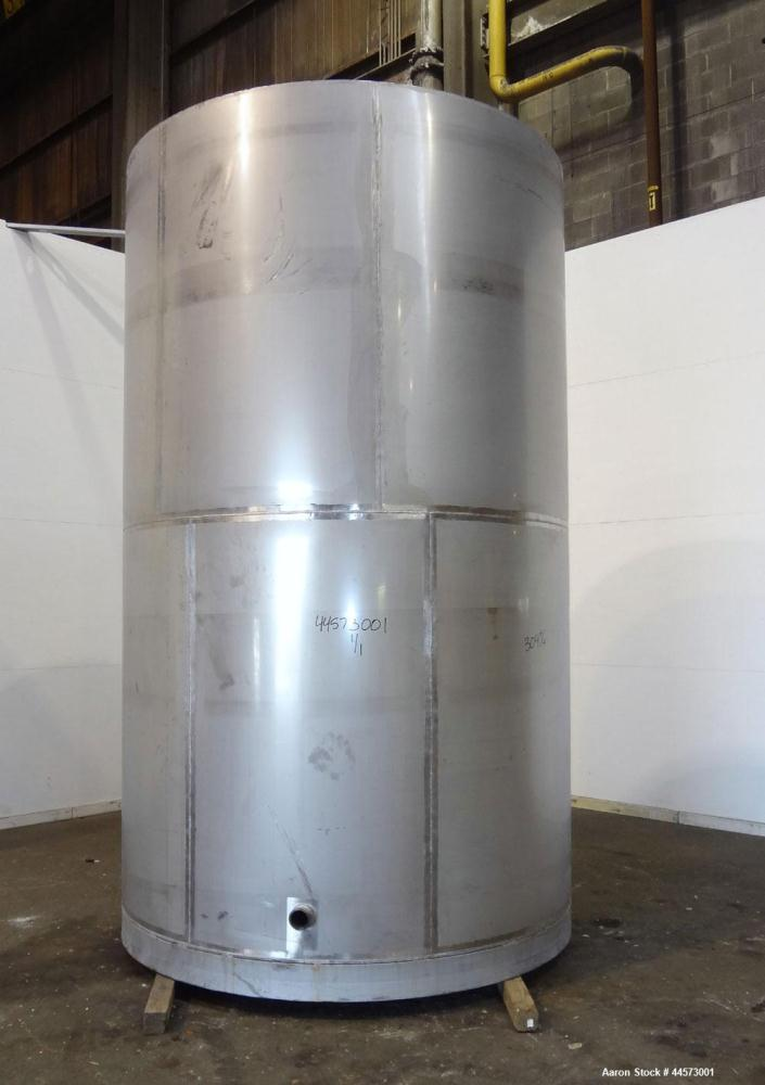 """Used- REC Industries Tank, 3965 Gallon, 304 Stainless Steel, Vertical, Model 3000.90.144.S.T4.  Approximately 90"""" diameter x..."""