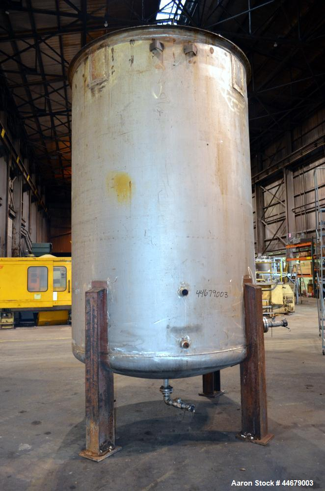 """Used- RECO Richmond Engineering Company Tank, 3170 Gallon, 304 Stainless Steel, Vertical. Approximate 84"""" diameter x 122"""" st..."""