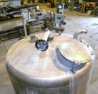 Used- Tank, 1075 Gallon, 304 Stainless Steel, Vertical. 72