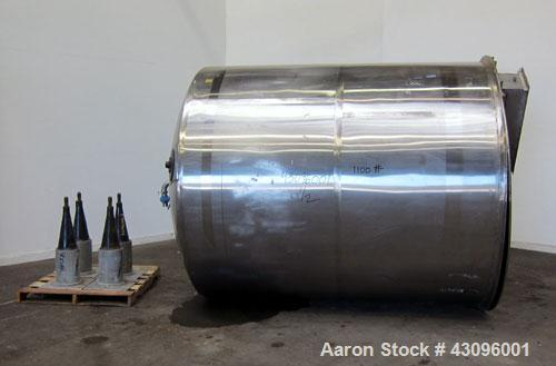 "Used- Toronto Coppersmithing Tank, 2500 Gallon, 304 Stainless Steel, Vertical. Approximate 84"" diameter x 96"" straight side,..."