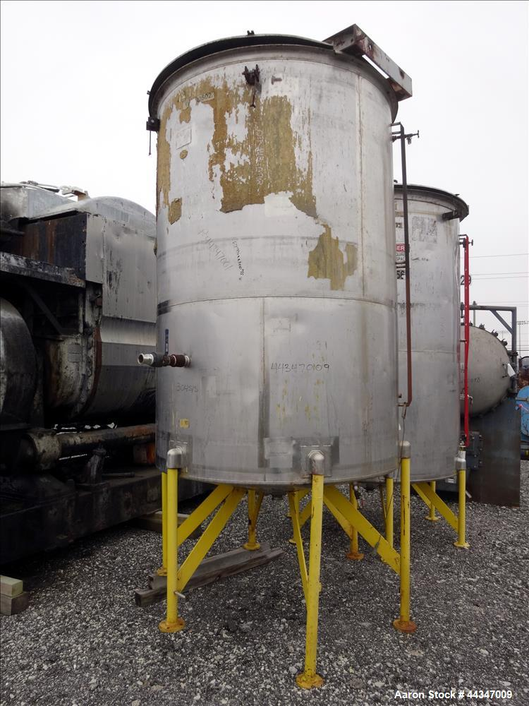 "Used- United Utensils Tank, 1500 Gallon, 304 Stainless Steel, Vertical. Approximate 67"" diameter x 100"" straight side. Open ..."