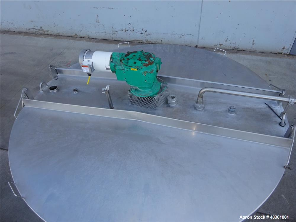 Used- Walker Stainless Equipment Co. Mix Tank, Model PZ-B, 1,000 Gallon, 304 Sta