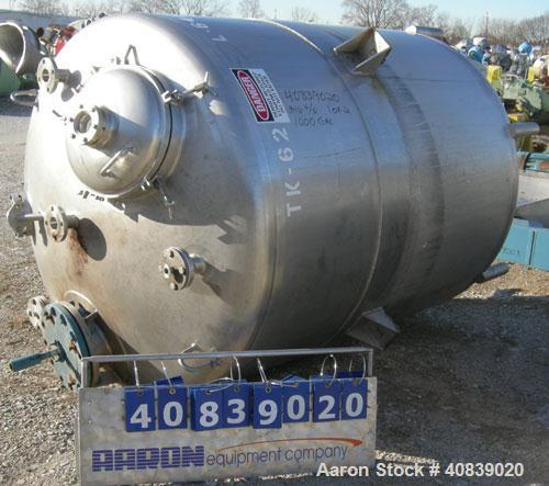 "Used- Walker Stainless Pressure Tank, 1000 Gallon, 316 stainless steel, vertical. 66"" diameter x 72"" straight side. Dish top..."