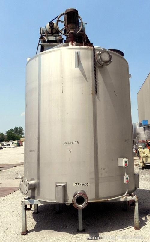 "Used- Walker Stainless Tank, 4700 Gallon, 304 Stainless Steel, Vertical. Approximate 108"" diameter x 120"" straight side, con..."