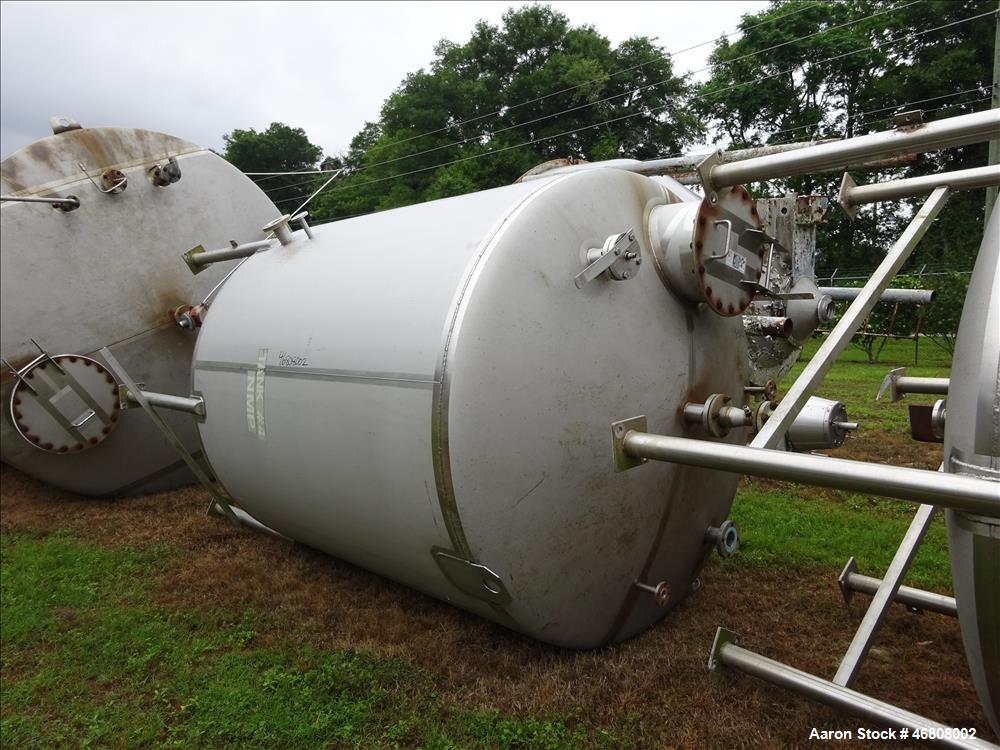 Used- Walker 2500 Gallon Tank, 304L Stainless Steel, Vertical.