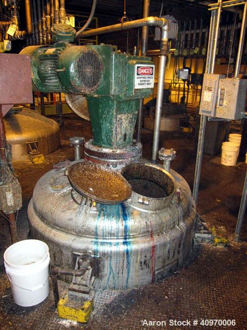 """Used-Roben Mix Tank, 750 Gallon, Stainless Steel. Dish top and bottom, 5'"""" diameter x 5' straight side.  (3) internal baffle..."""