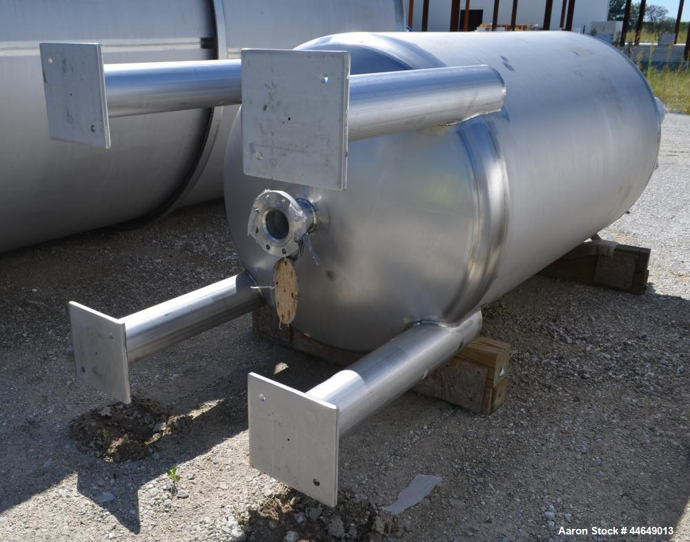 """Unused- Holloway America Pressure Tank, 625 Gallon, 316L Stainless Steel, Vertical. Approximate 48"""" diameter x 78"""" straight ..."""
