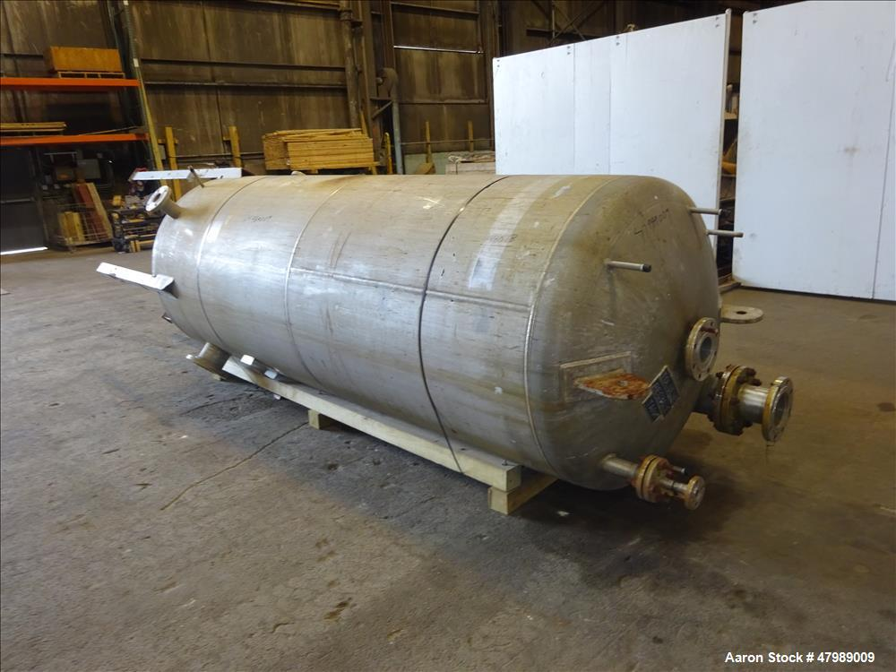 Used- Alloy Fabricators Pressure Tank. Approximate 850 Gallon, 304 Stainless Ste