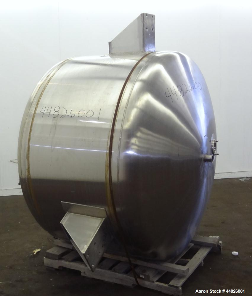 Used-  600 Gallon Stainless Steel Apache Stainless Pressure Tank