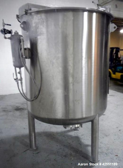 Used- 689 Gallon Stainless Steel Bolz Mixing Tank, Model BE500