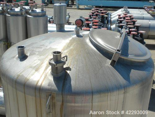 "Used- Cherry Burrell Tank, 600 gallon, 316 stainless steel, vertical. 48"" Diameter x 72"" straight side, dish top and bottom...."