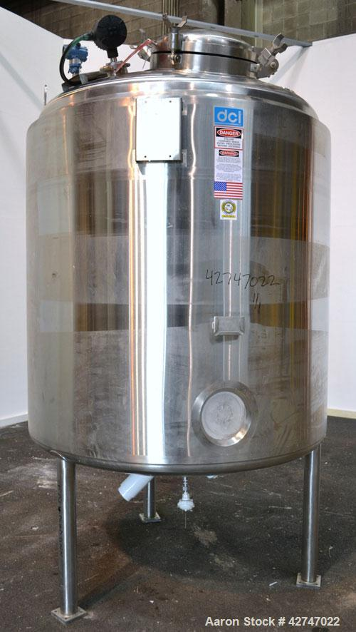 Unused- DCI Pressure Tank, 3000 Liter (792 Gallon), 316L Stainless Steel, Vertical. 60'' Diameter x 58'' straight side, dish...