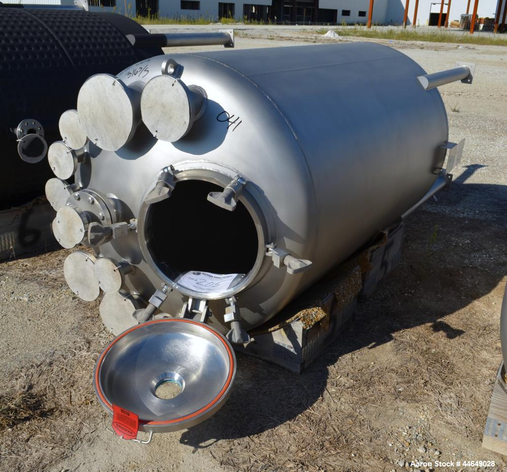 "Used-Unused DCI Pressure Tank, 686 Gallon (2600 Liter), 316L Stainless Steel, Vertical. Approximate 48"" diameter x 78"" strai..."