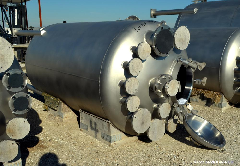 """Unused- DCI Pressure Tank 686 Gallon (2600 Liter), 316L Stainless Steel, Vertical. Approximate 48""""ameter x 78"""" straight side..."""
